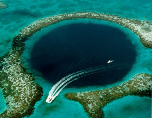 Great Blue Hole 7 Weirdest Places in the world